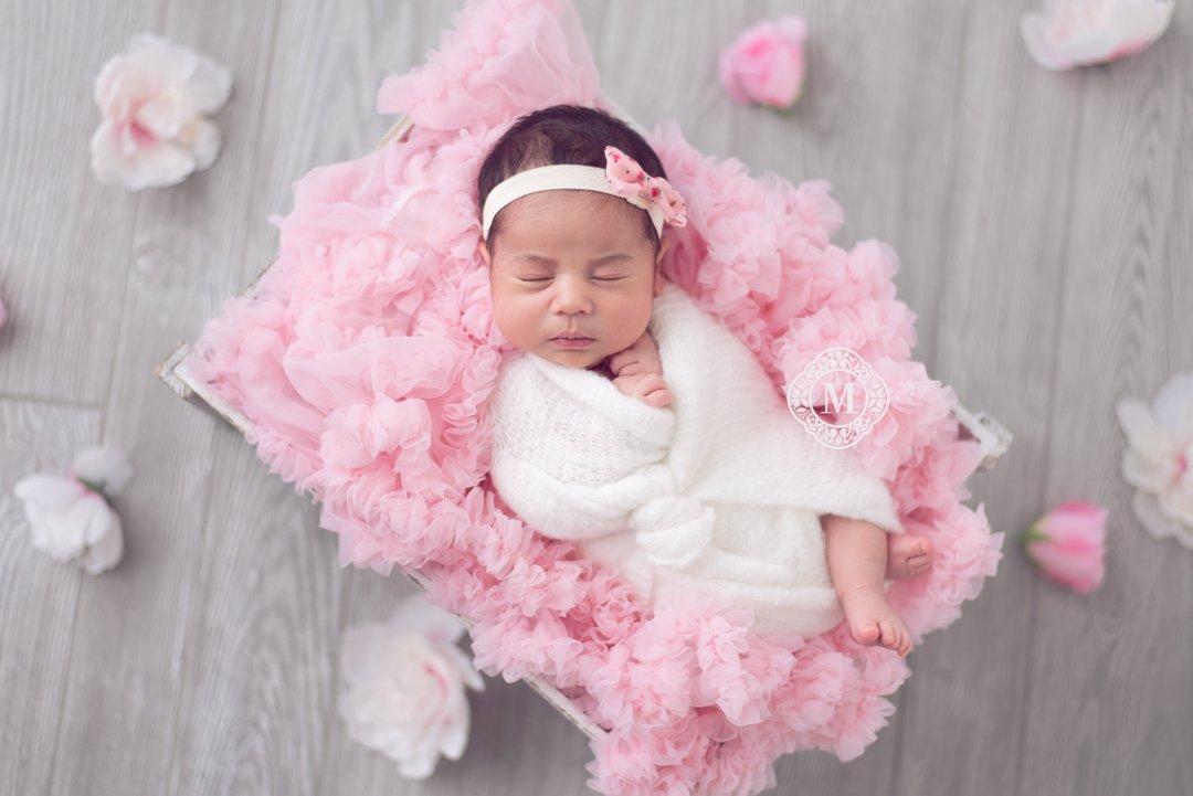 Baby Photo by Melanie Maxine - Newborn Photographer